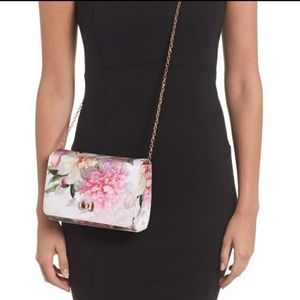 Ted Baker adorable pink flower chain crossbody